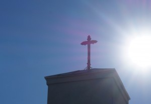 Header Image – Sun and Cross